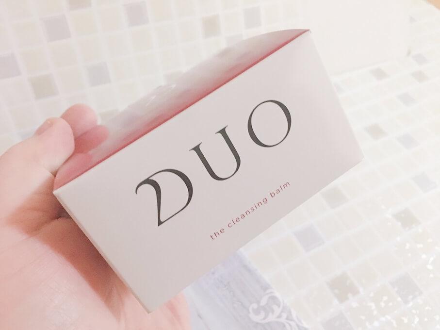DUOクレンジングバームの外箱