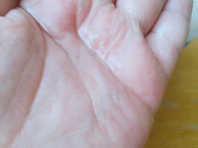 ラロッシュポゼトレリアン薬用化粧水のテクスチャー