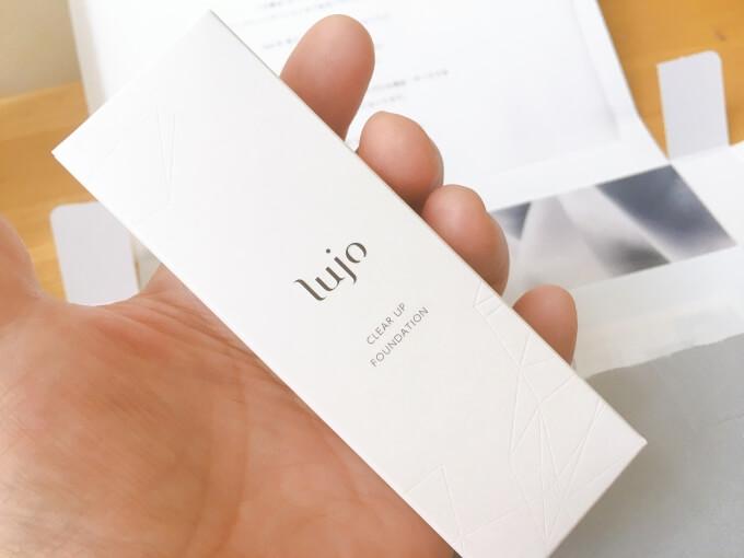 ルジョー(lujo)クリアアップファンデーションの外箱