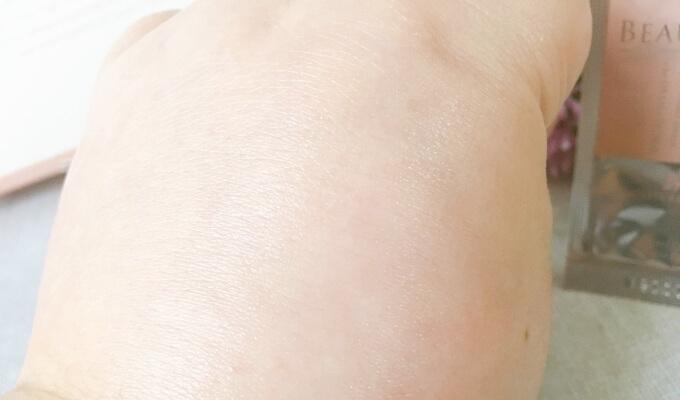 ビューリンR(アール)化粧水モイスチャーローションの肌なじみ