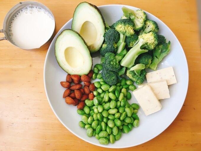 ベジたんスープ50のエイジングケアに良いブロッコリーとアボカドのクリームチーズポタージュの材料