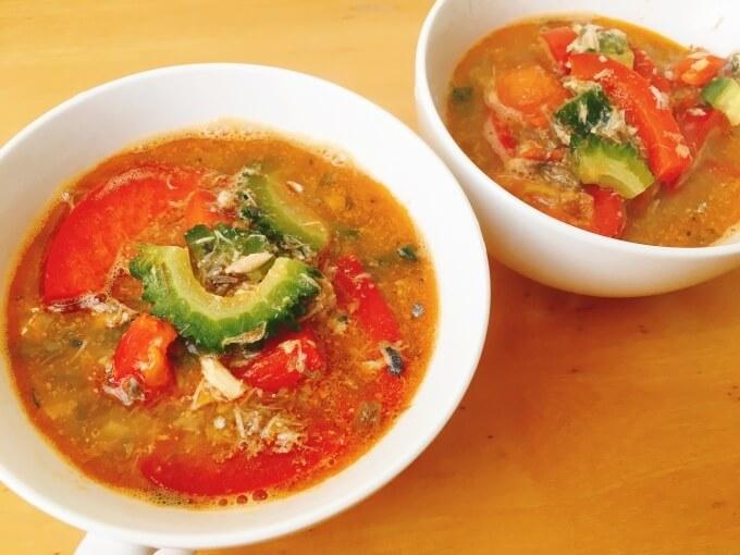 ベジたんスープ50の美白に良いサバ缶とパプリカのトマト辛味噌スープ